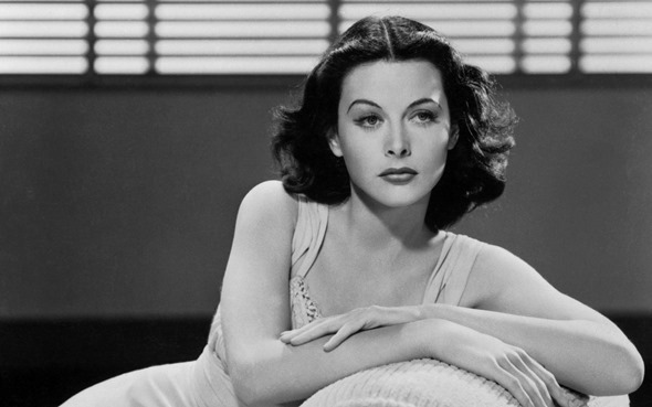 [Google Doodle] Hedy Lamarr 好萊塢女星與秘密通訊/展頻技術發明人101歲誕辰 1440_Hedy-Lamarr