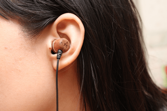 Avier 入耳式全音域耳機,音質好、易收納、價格便宜的高 CP 值選擇! avier-062