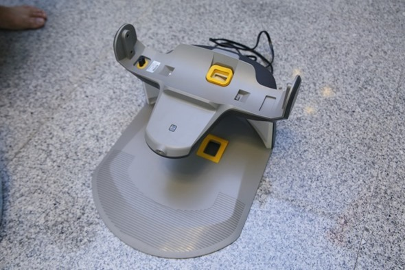 1機抵2機!ECOVACS DEEBOT D79 智慧掃地機器人,高處、狹縫也能輕鬆吸 clip_image005