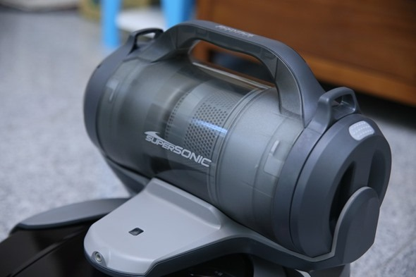 1機抵2機!ECOVACS DEEBOT D79 智慧掃地機器人,高處、狹縫也能輕鬆吸 clip_image008