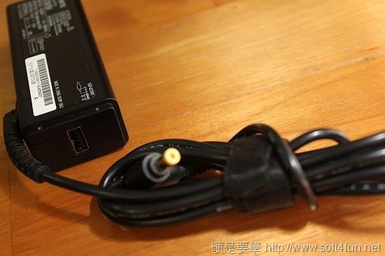 [評測] Sony VAIO Pro13 超輕薄碳纖維觸控筆電 clip_image020