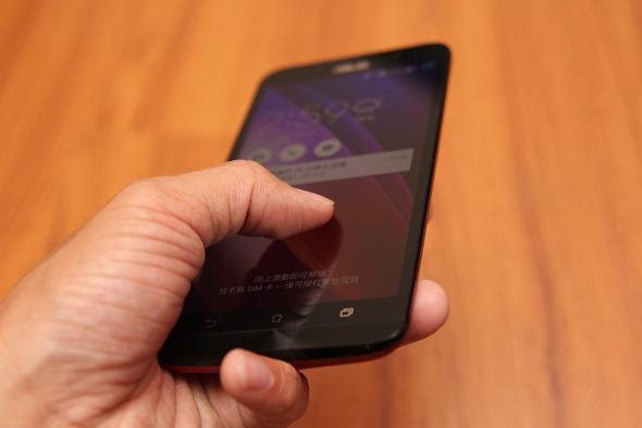 ASUS ZenFone 2(ZE551ML) 開箱評測,全球首款 4G 雙通道記憶體手機(更新 4G/128G 價格) IMG_7825
