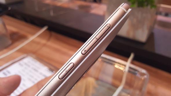 粉絲萬歲!華碩千人體驗嘉年華推出 ZenFone Zoom 及 ZenWatch 2 20151201_140319