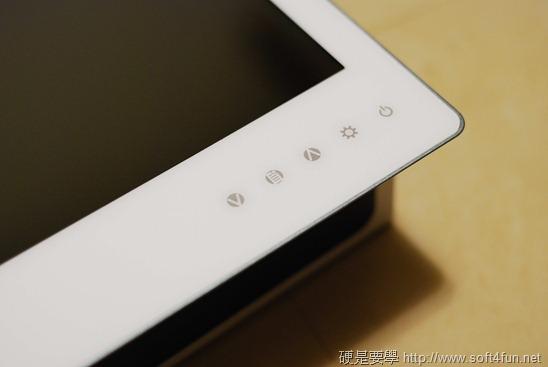 [開箱] GeChic 1302 行動延伸螢幕,雙螢幕也可以隨身帶 DSC_0020