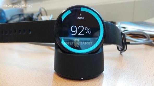帥氣 Moto 360 智慧手錶照片大曝光,支援無線充電! clip_image001