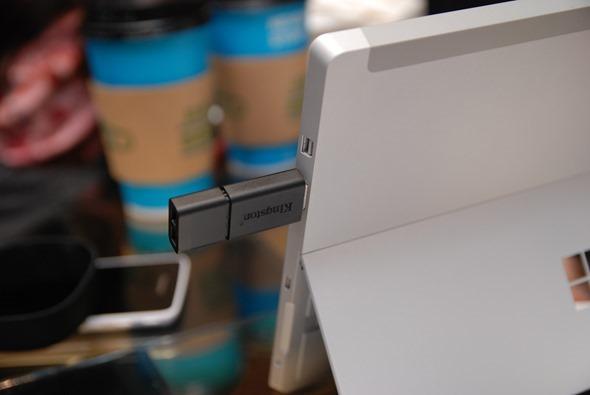 低階筆電掰掰! 微軟推出 Surface 3 筆電平板,完整 Windows 8.1 使用 Office 沒煩惱! DSC_0035