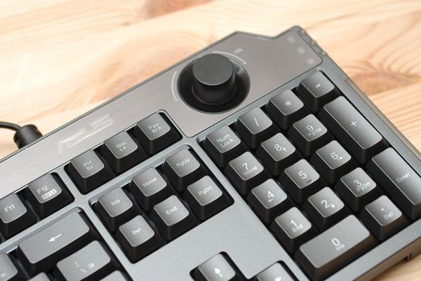 極致小體積,專屬於電競玩家的電競桌機 ASUS ROG G20 開箱評測 DSC_0028