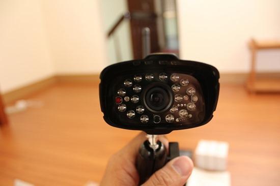 DWH-A059H數位無線網路監視器,室內外監視一套搞定 image007