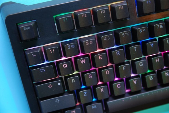 Ducky 推出 Shine 5 炫彩鍵盤,按鍵顏色隨意換 DSC_0018