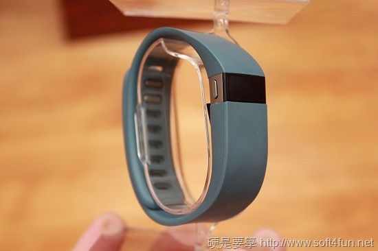 Fitbit Force 智慧型動動手錶,輕鬆記錄整天的活動及睡眠狀況 IMG_0089