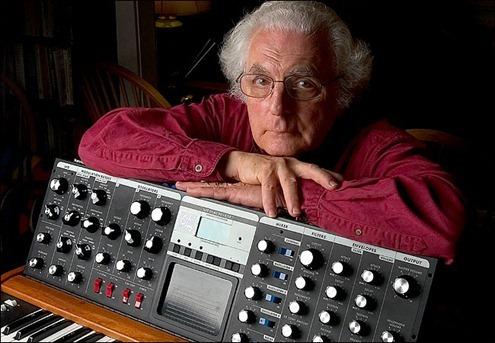 [Google Doodle] Robert Moog 電子合成器之父 78 歲誕辰(教你怎麼玩) robert-moog