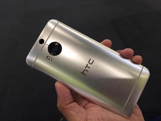 雙艦齊下!HTC Butterfly 3 蝴蝶機與 M9+極光版 (光學防手震極速對焦) 正亮相推出 htc-one-m9-plus--03