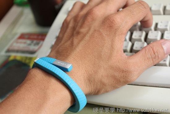[開箱] Jawbone UP 健康監控手環, 24小時追蹤你的運動、睡眠、飲食狀態 IMG_8271