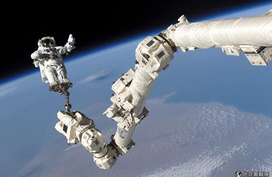[早安!地球] 打造太空計程車 NASA與波音攜手合作 Snip20140923_17