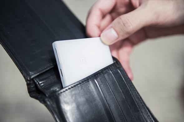 [科技新視野] PIECE 無線SIM卡轉接器,讓iPad、iPod Touch 都能接電話! 2567c28c9b85cfc4a10f03628deb6587_original