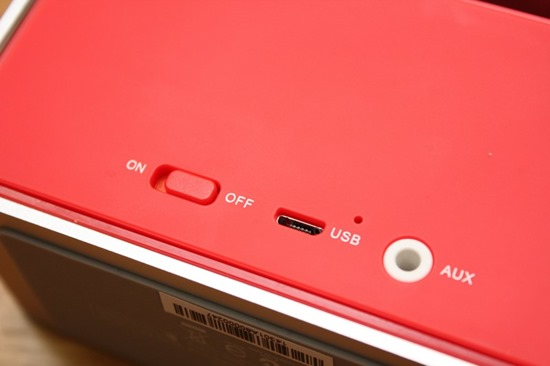 Rapoo A600 NFC 無線藍芽音箱,鋁合金鑽石切邊的極致金屬工藝品 rapooa60020