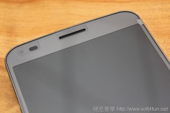 彎曲手機 LG G Flex 評測,刮痕可自動修復 clip_image007
