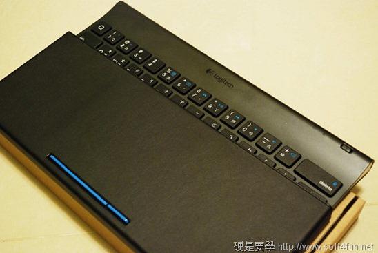 【開箱文】羅技 iPad 鍵盤立架組 - 再也不用忍受螢幕鍵盤的折磨啦! clip_image003