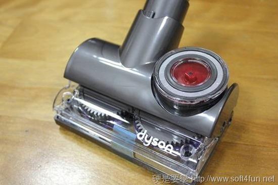 [開箱] 吸力永不衰退 Dyson DC46 圓筒式吸塵器 clip_image040