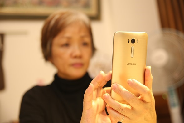 ZenFone 2 Laser: 6吋大螢幕、雷射對焦、簡單拍照,送給長輩孝親機的推薦選擇 IMG_0222