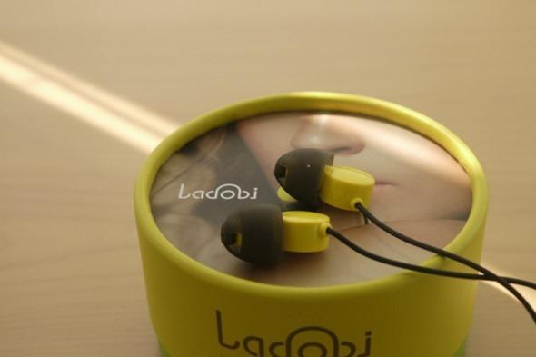 全球首款愛情動作片專用耳機 Ladobi 害羞開箱 clip_image010