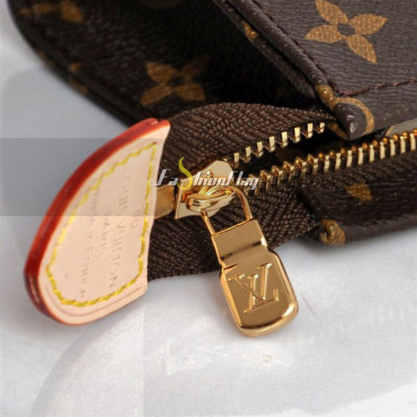 Louis-Vuitton-Monogram-Canvas-Poche-Toilette-16