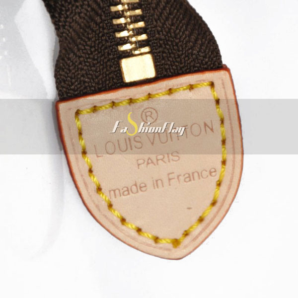 Louis-Vuitton-Monogram-Canvas-Poche-Toilette-18