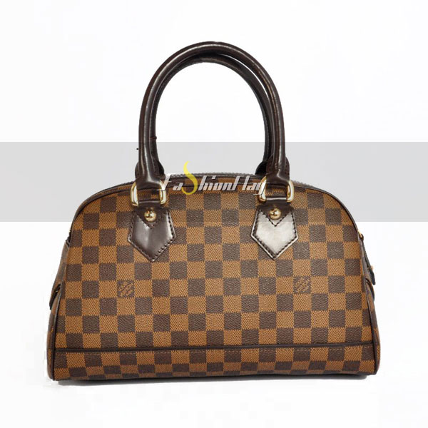 Louis-Vuitton-Damier-Ebene-Canvas-Duomo-03