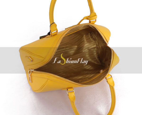 Prada-2013-Saffiano-patent-leather-tote-0823-in-Yellow-15