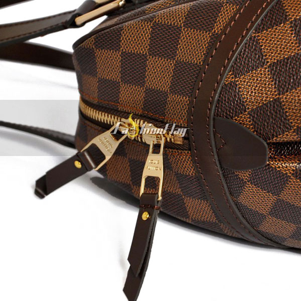 Louis-Vuitton-Damier-Ebene-Canvas-Rivington-12