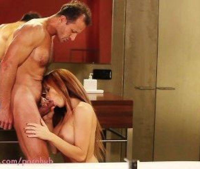 Mom Hd Couple Making Love On The Bathroom Floor