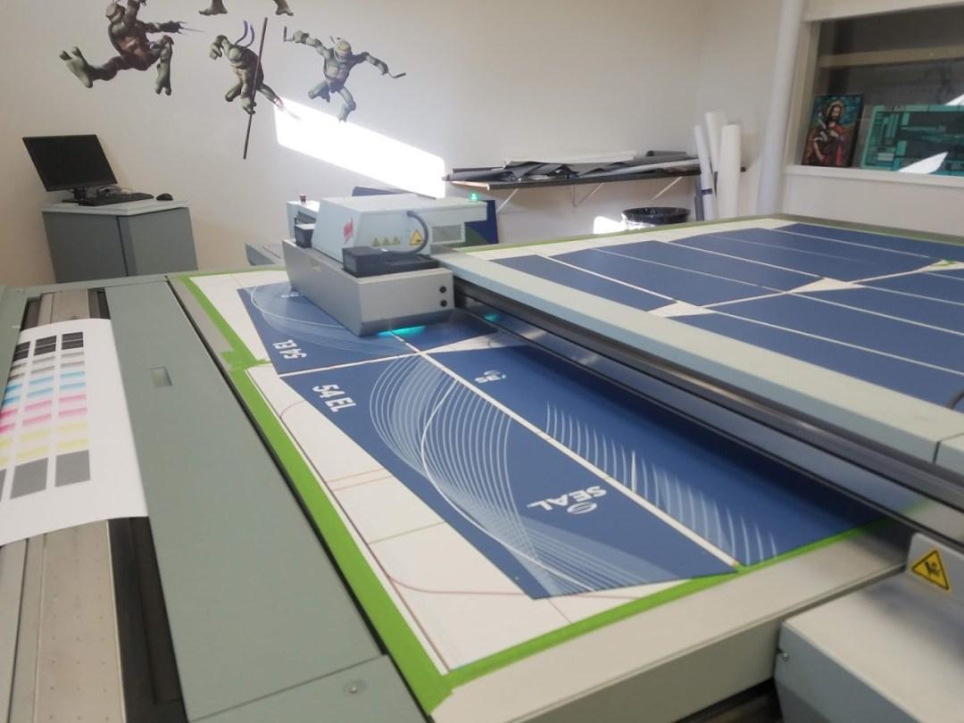 Gradient White Metal Prints