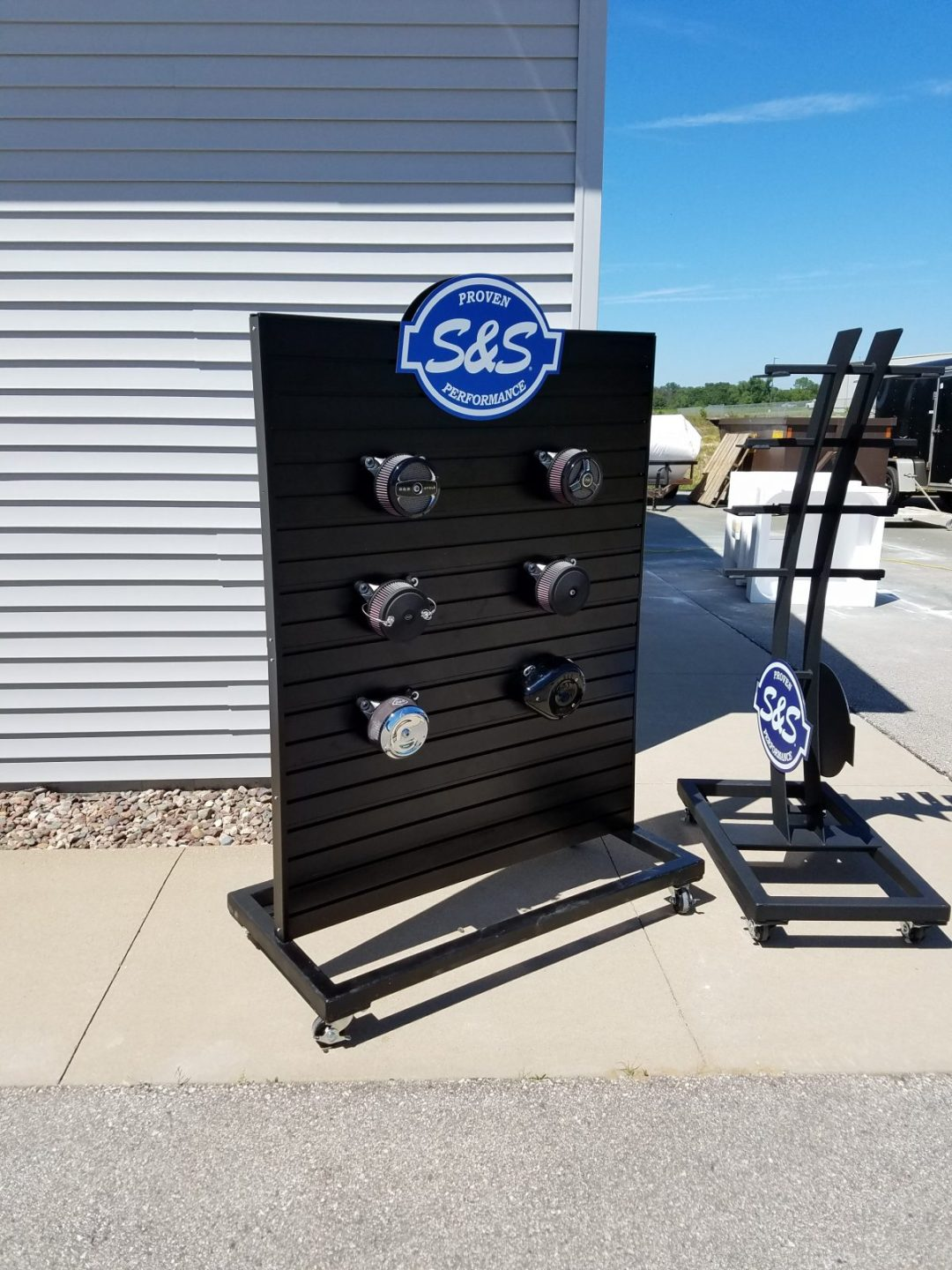 Custom Design - POP Display - S&S Cycle Air Cleaner Display