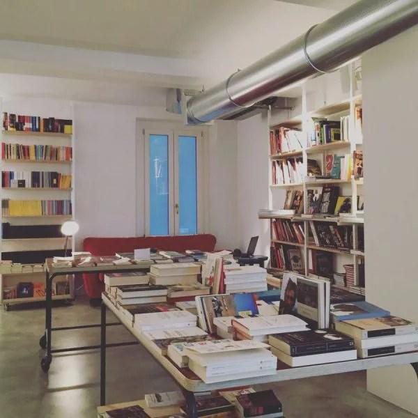 librerie con caffè a milano