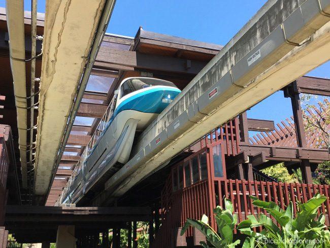 Monorail at Polynesian Village Resort, Walt Disney World