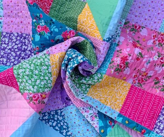 Bursting Heart Quilt by Piccolo Studio using Fleur by Down Grapevine Lane for Riley Blake Designs
