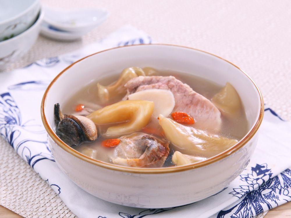 花膠螺頭湯