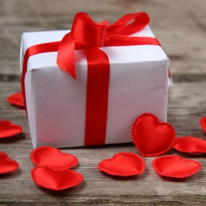 How to Make Your Spouse a Better Gift Giver