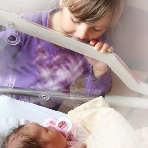 Helping Your Child Adjust to a New Baby: 3 Things You Must Do Before Leaving the Hospital