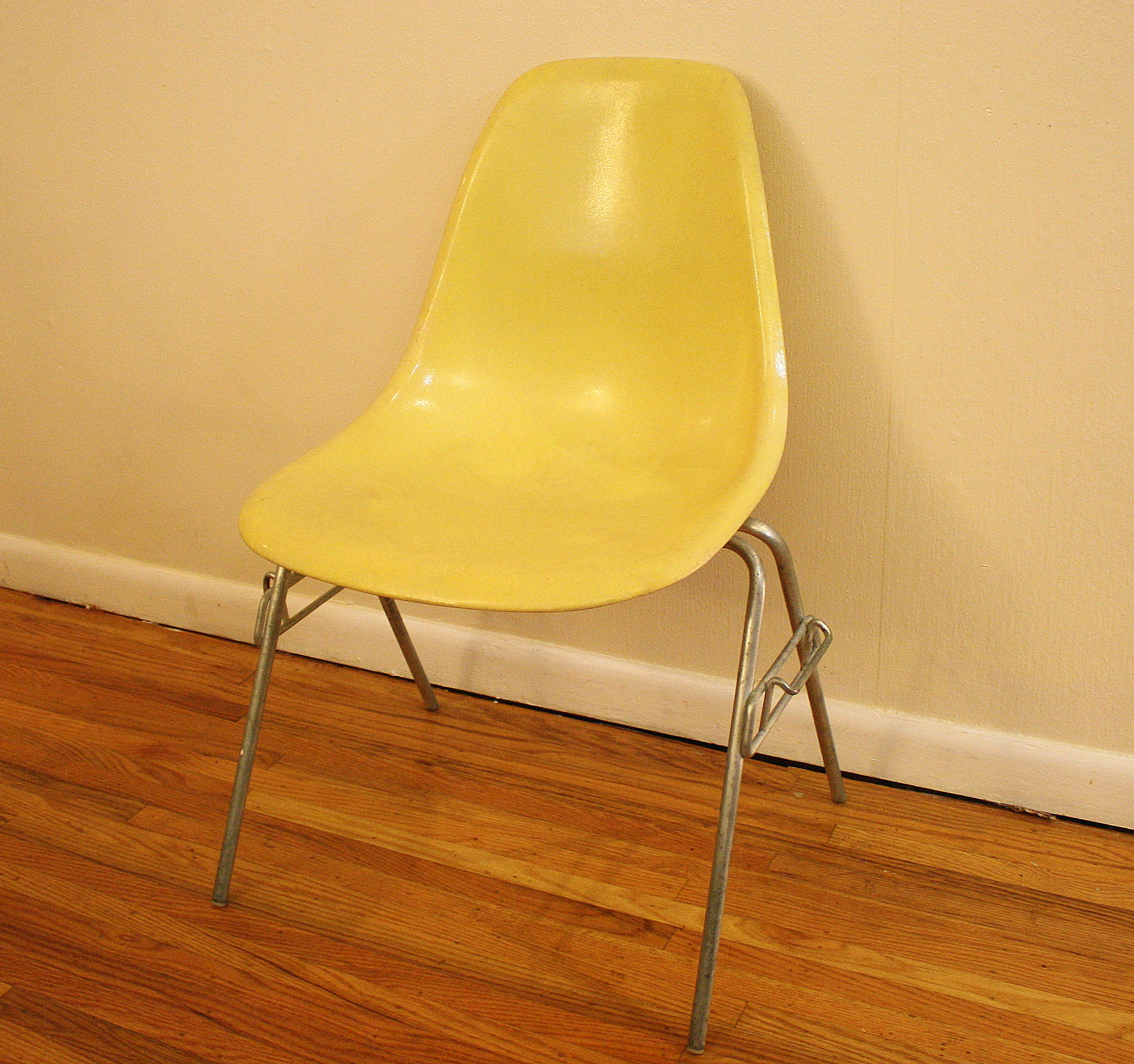 Mid Century Modern Fiberglass Chairs By Herman Miller Picked Vintage
