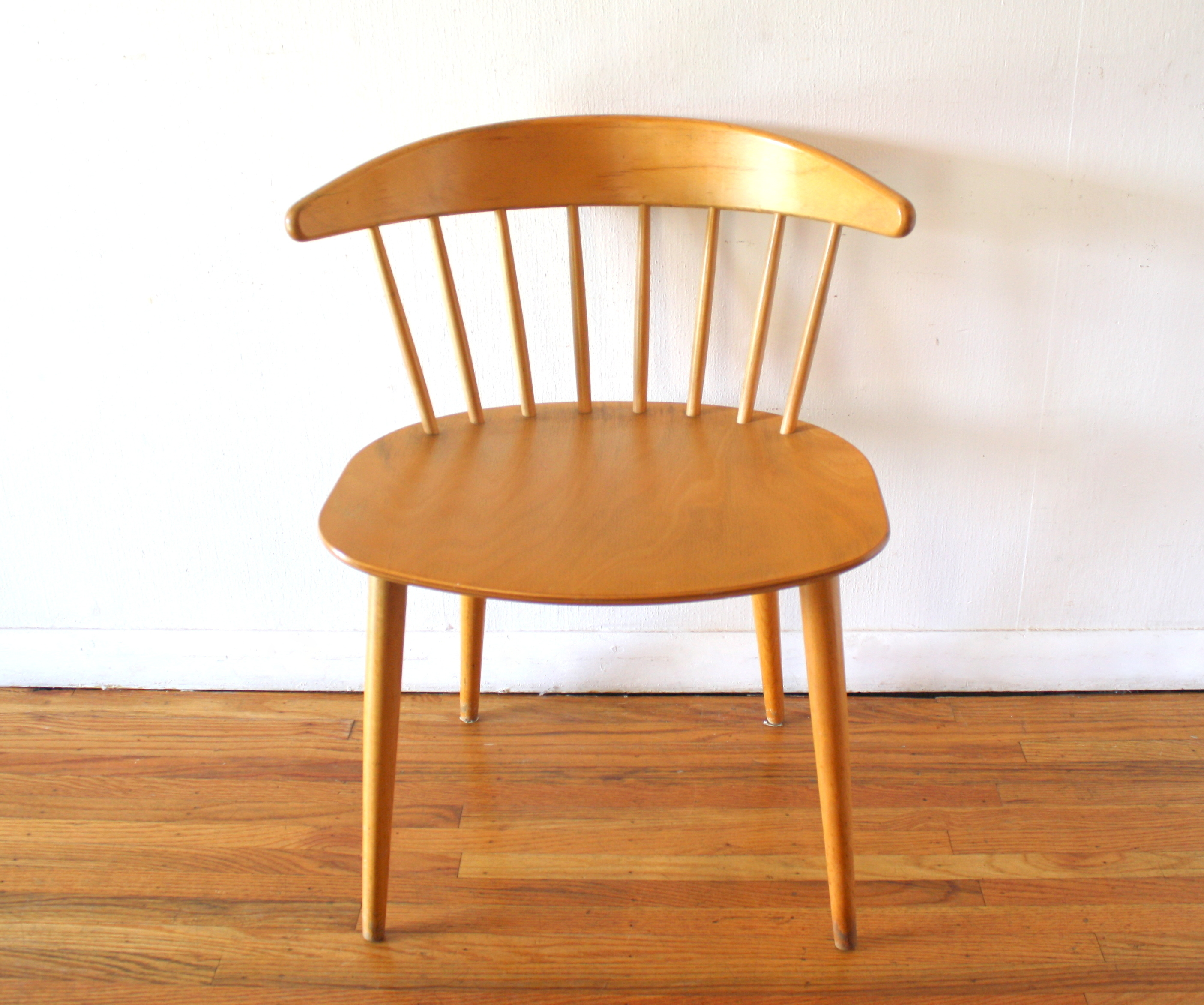 Mcm Danish Blond Spindle Back Chair 1 Picked Vintage