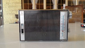 Toshiba transistor radio cleaned
