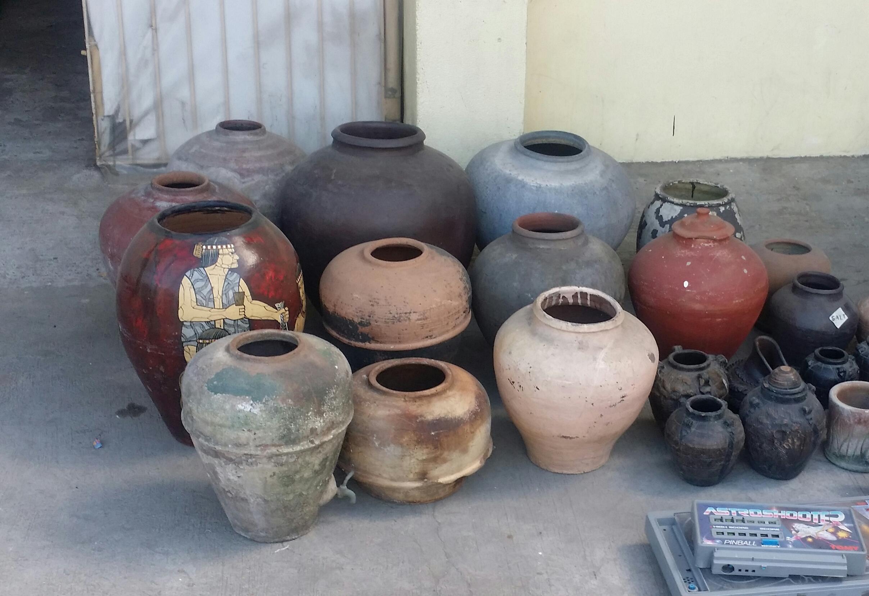 Stoneware Water Cooler Alternative Storage for Liquids