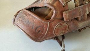 Vintage-Baseball-memorabilia-11