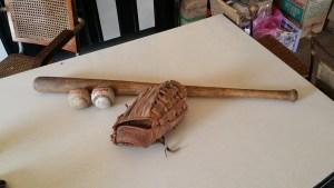Vintage-Baseball-memorabilia-12