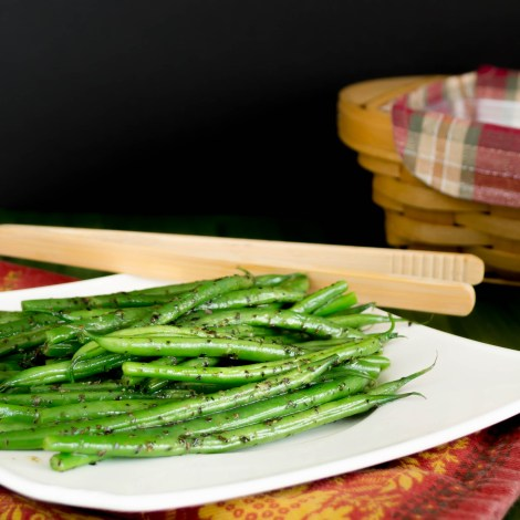 Basil Garlic Green Beans