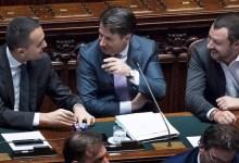 Giuseppe Conte con Luigi Di Maio e Matteo Salvini