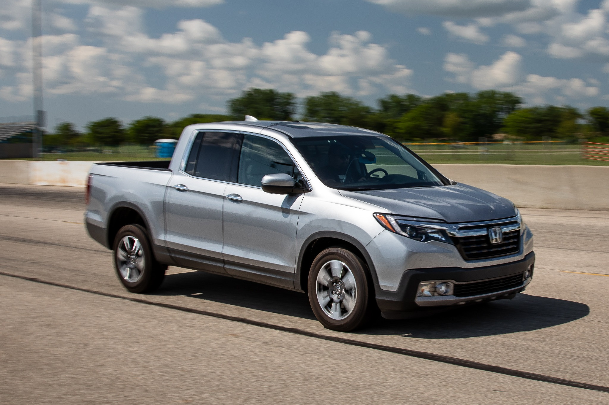 2021 Honda Ridgeline Changes: Hybrid and Type R Rumors