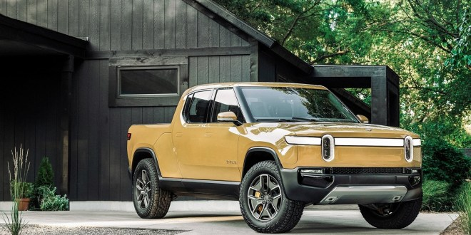 2022 Rivian R1T front