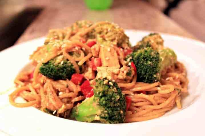 thai noodles with peanut sauce
